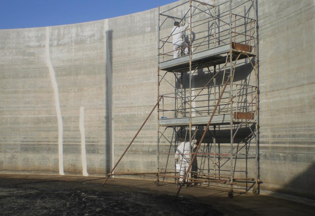 Consolidamento ed impermeabilizzazione di un bacino idrico