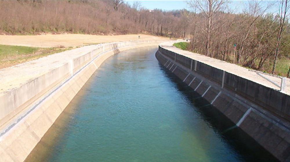 Interventi di consolidamento di argini e terrenti adiacenti a torrenti e fiumi